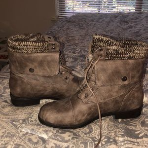 Justfab BRAND NEW never worn boots!